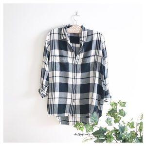 Madewell | Size XS Oversized Boyfriend Plaid Shirt